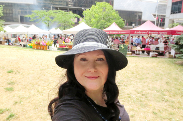 at-downtown-farmers-market-toronto