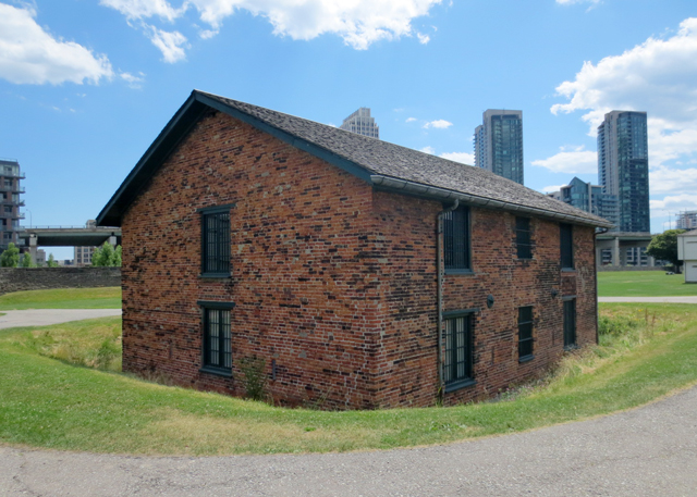 brick magazine constructed 1814 fort york toronto