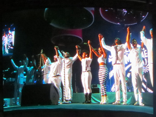 final-bow-janelle-monae-toronto-shot-of-video-screen