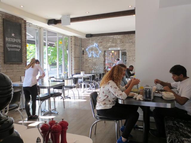 back-room-at-old-school-yyz-restaurant-toronto