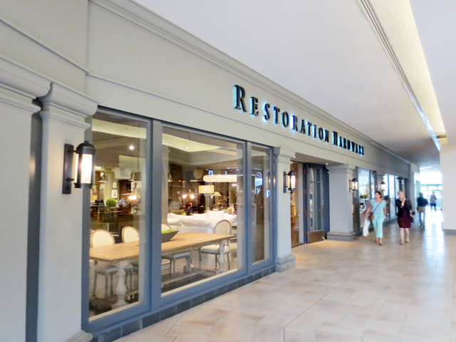 restoration-hardward-at-bayview-village-mall-toronto