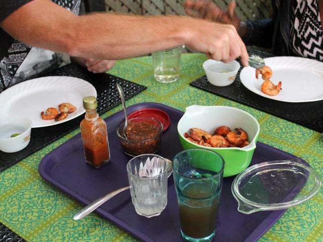 serving-shrimp