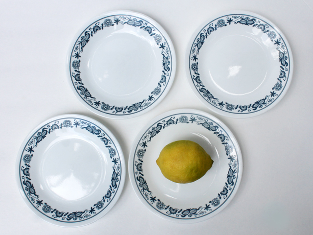 thrift store corelle plates old time blue bread and butter plates