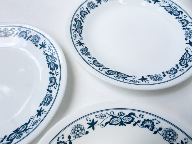 thrifted corelle sideplates old town blue