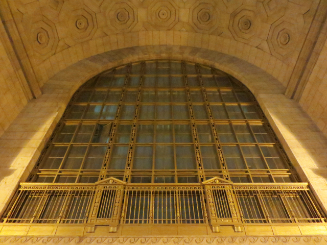 ceiling-union-station-toronto-at-night