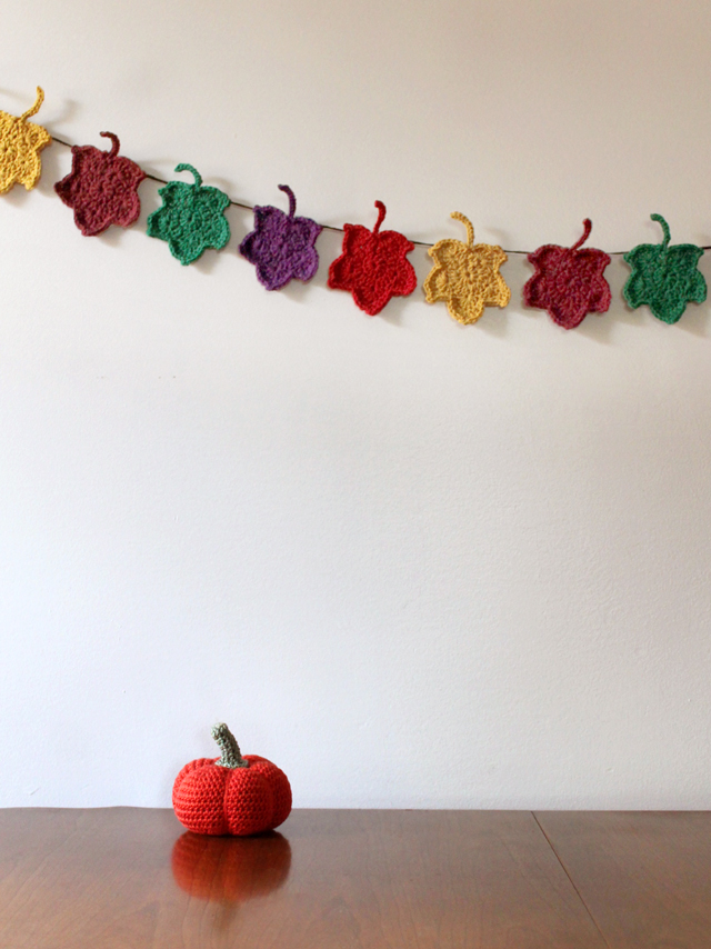 crocheted autumn decorations pumpkin and maple leaf garland