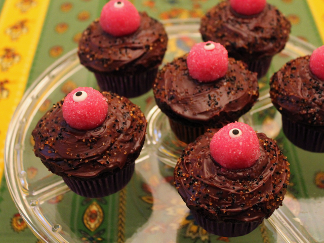 halloween party food chocolate cupcakes with cake pop eyeballs