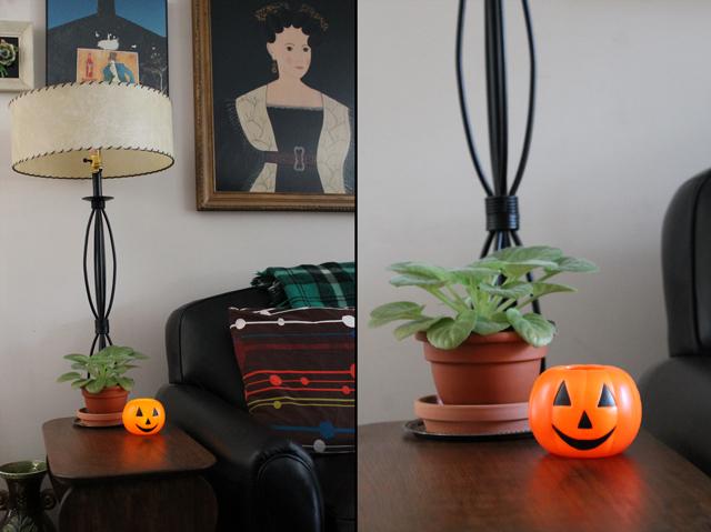 small vintage halloween jackolantern blowmold