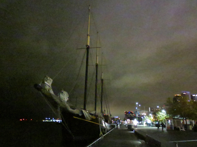 tall-ship-at-night-toronto-waterfront-on-nuit-blanche