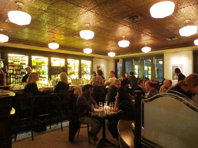 bar area at le select bistro toronto