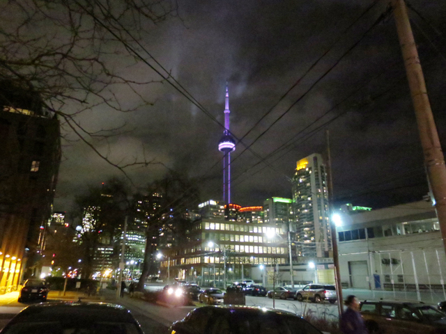 cn-tower-toronto-at-night-from-wellington-and-spadina