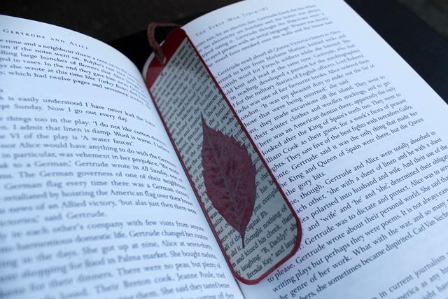 handmade-book-mark-how-to-make