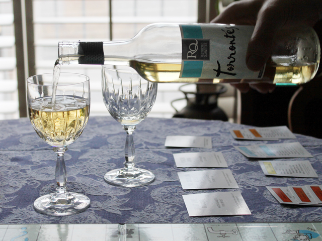 pouring-rjs-craft-wine