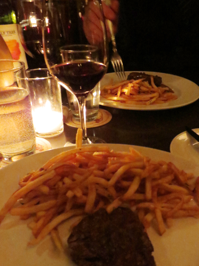 steak-frites-at-le-select-toronto