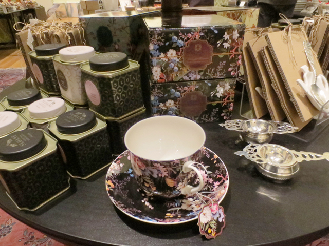 teas-and-tea-things-in-ago-gift-shop