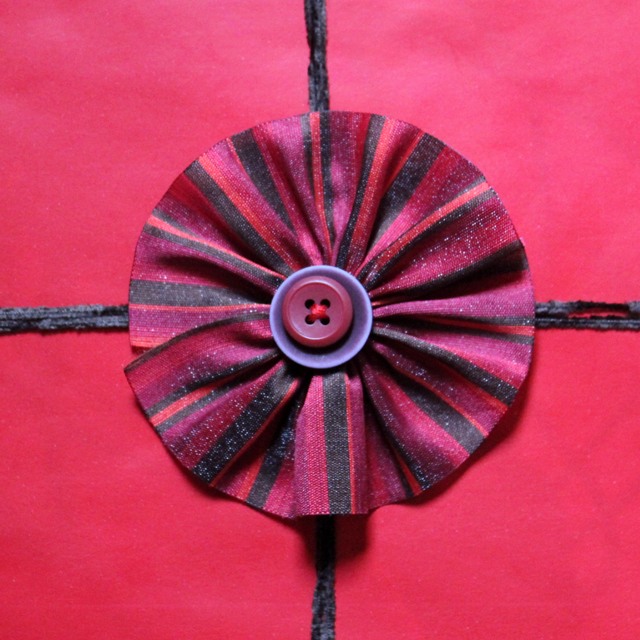 easy to make gift topper decoration ribbon rosette with buttons handmade diy