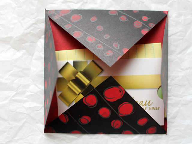 origami envelope for gift wrapping and mailing gift card cheque or iou