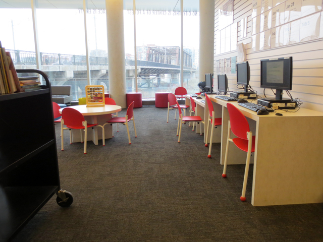 childrens-aread-toronto-public-library-fort-york-branch
