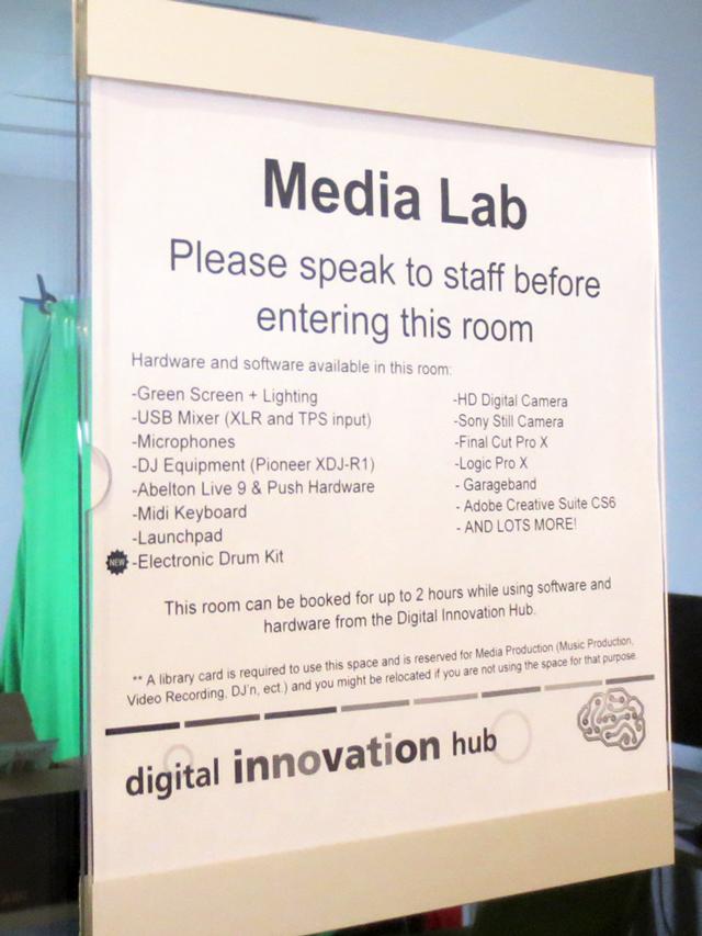 digital-media-equipment-toronto-public-library-fort-york-innovation-hub