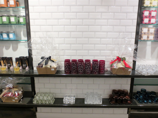 display-at-yummi-candles-queen-street-west-toronto