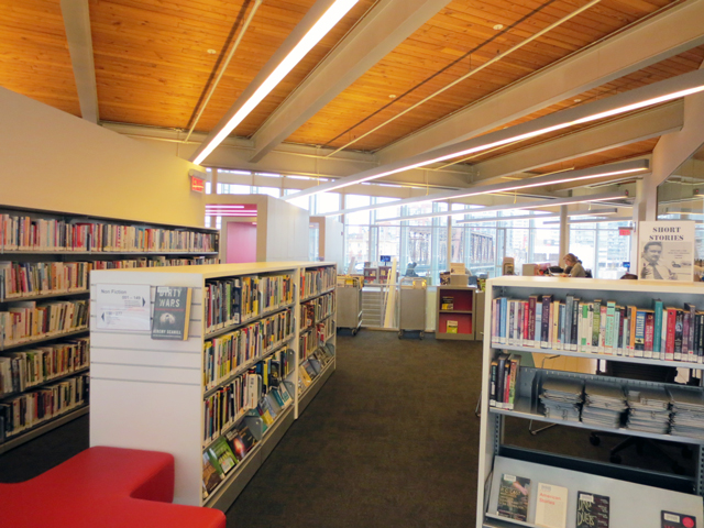 inside-the-toronto-public-library-fort-york-branch