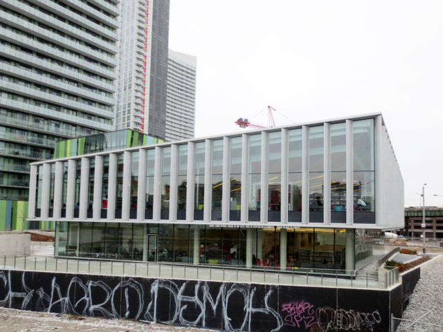 public-library-toronto-fort-york-branch