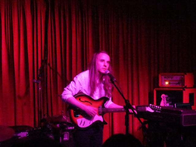 andy-shauf-performing-at-the-drake-hotel-toronto