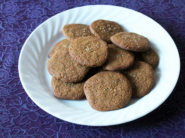 homemade ginger cookies spicy with freshly ground pepper recipe