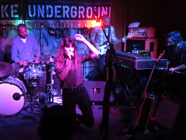lou-doillon-performing-in-toronto-at-the-drake