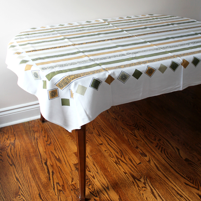 thrifted mid century vintage cotton table cloth