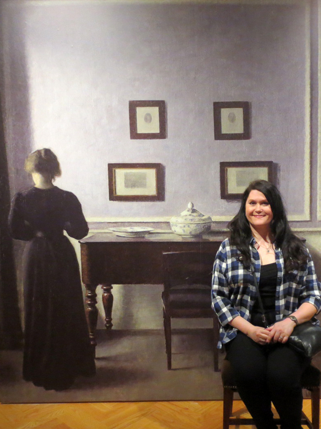 photo-op-at-ago-in-vilhelm-hammershoi-show