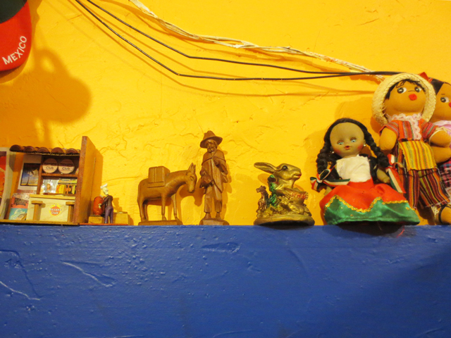 decor-el-trompo-taco-bar-kensington-toronto