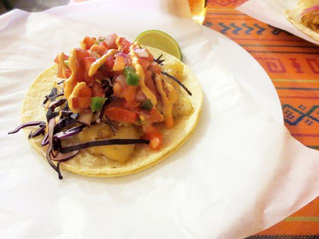 fish-taco-at-el-trompo-taco-bar-kensington-market-toronto
