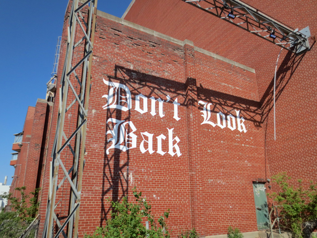 dont-look-back-sign-on-hearn-luminato-festival