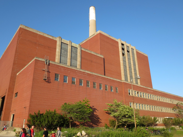 hearn-power-genarating-plant-toronto-portlands