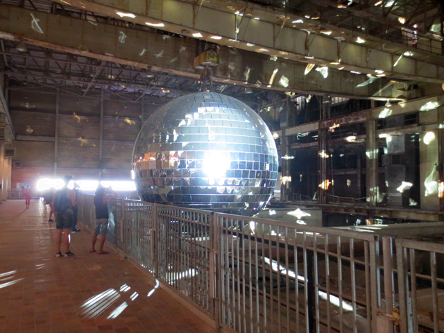 worlds-largest-mirror-ball-in-toronto-luminato-hearn-generating-station