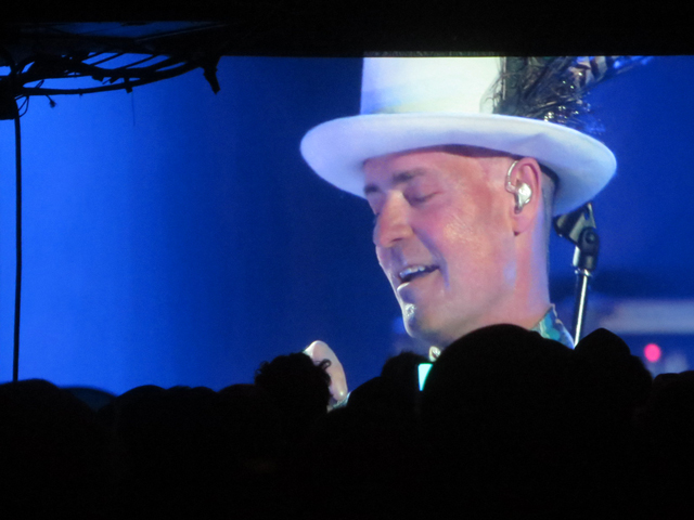 gord-downie-concert-in-kingston-watched-in-toronto-at-the-horseshoe-tavern-queen-street-west