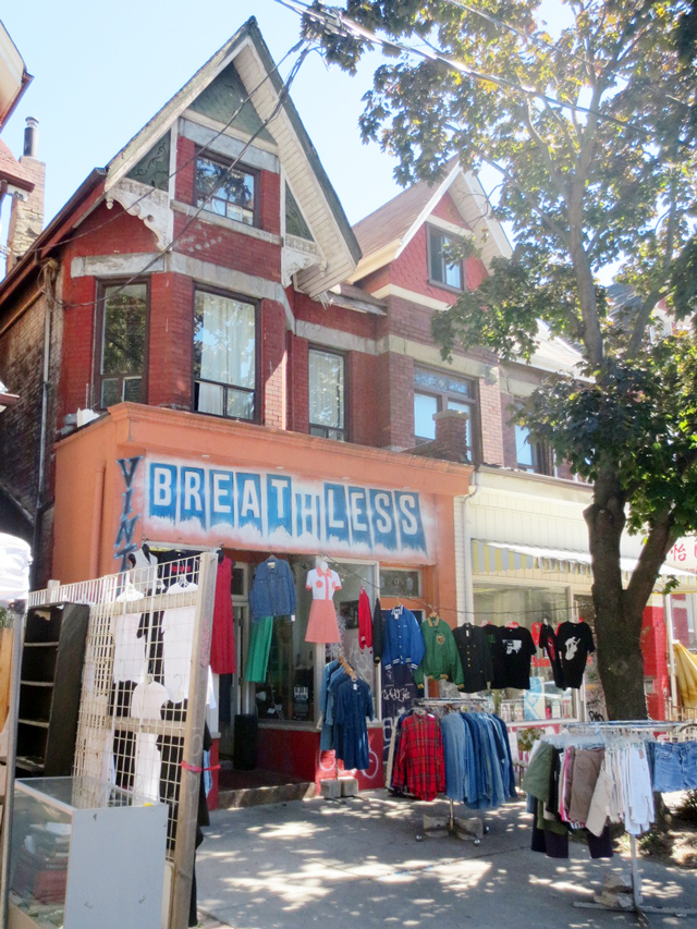 breathless-vintage-shop-kensington-market-toronto