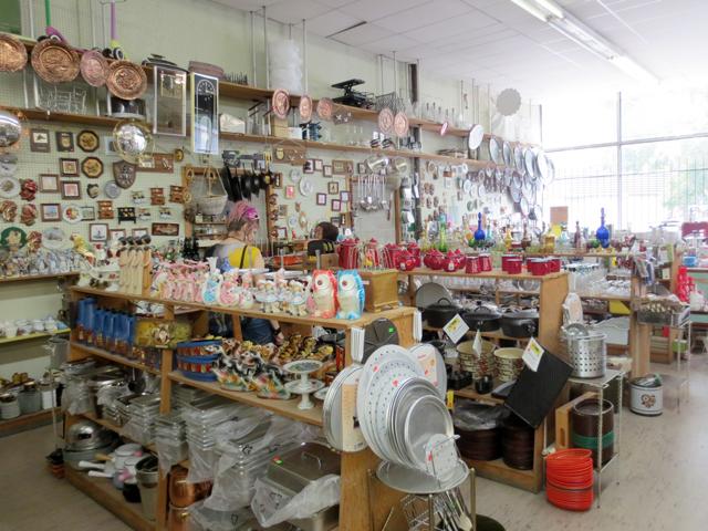inside smart wear shop kensington market