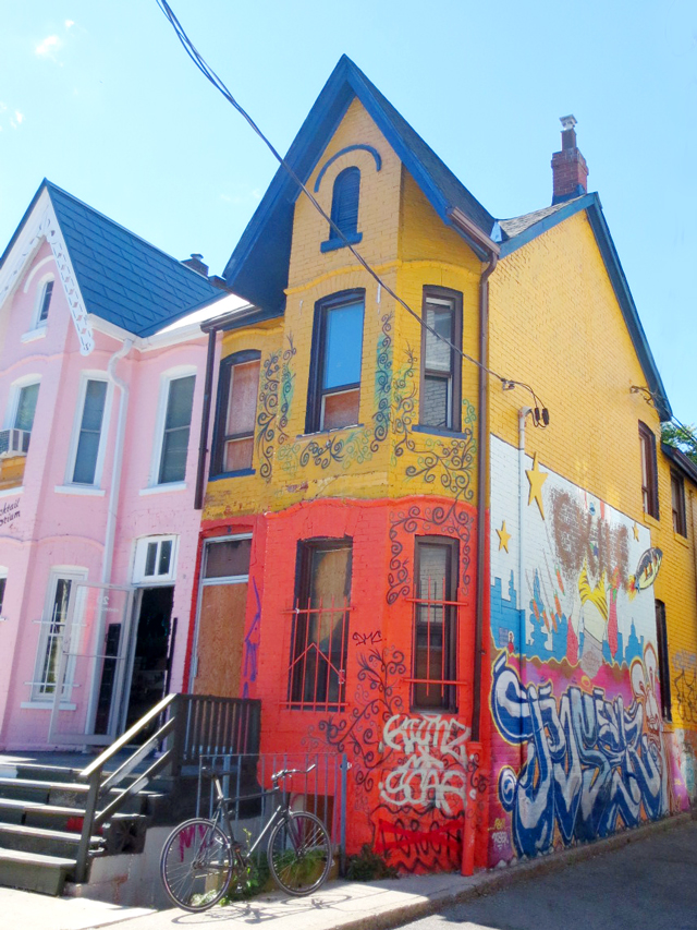 painted-house-kensington-market-toronto