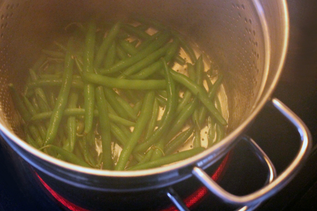 steaming-green-beans