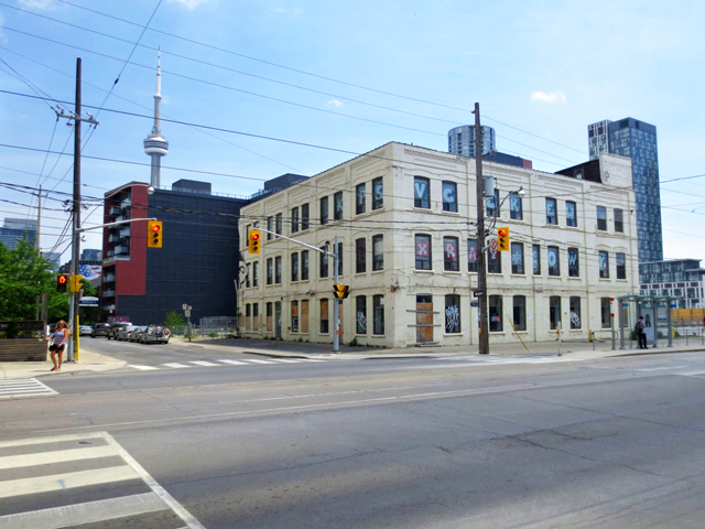 historic-building-toronto-now-torn-down-for-condo-bathurst-and-niagara-streets