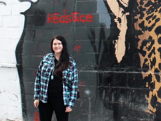me-graffiti-wall