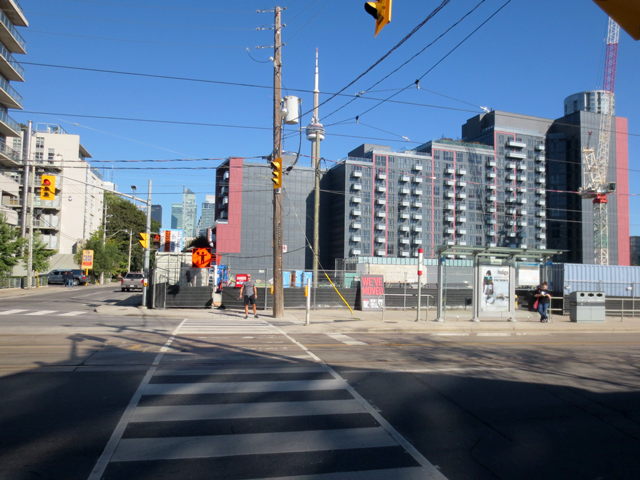 old-building-torn-down-to-make-way-for-condo-bathurst-and-niagara-toronto