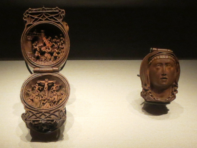tiny boxwood carvings at ago toronto art gallery small wonders exhibition - Western World / Europe - Gothic period (12th–15th centuries) History of Wood Carving