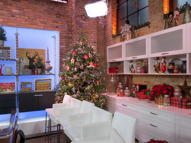 christmas-set-marilyn-denis-show