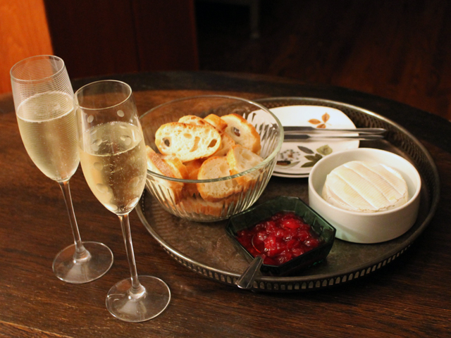 baked brie and champagne