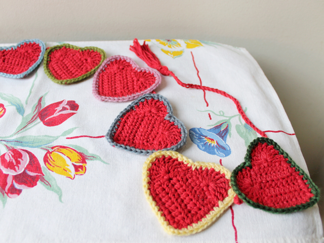 colours inspired by vintage fabric hand crocheted heart garland decoration how to