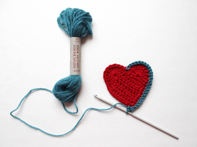 crocheting a heart three inch adding a border
