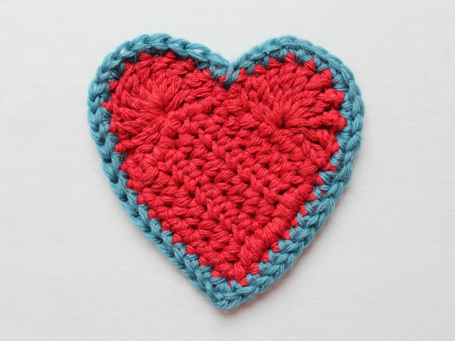 how to crochet a three inch heart free pattern